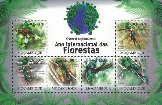 Birds on Stamps  -  Animals on Stamps  -    Resplendent Quetzal  - Pharomachrus mocinno -  trogon -  central america - Bird - Mozambique Stamp  - Bird Stamp - stamp collecting - topical stamp collecting