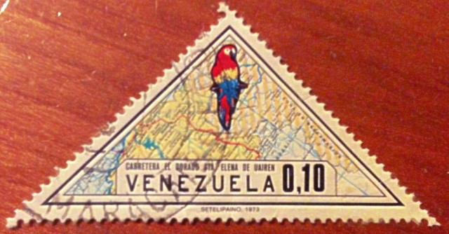 Venezuela Scott #1043 10c 1973  Map  Scarlet Macaw